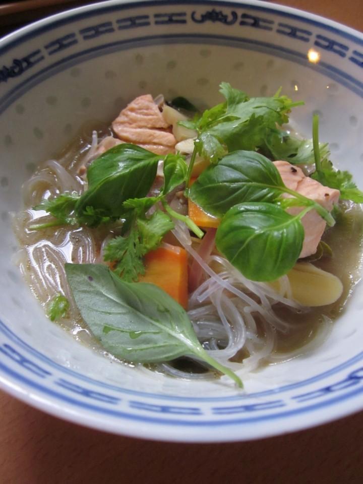 GlassNoodle soupW Salmon (2) sma
