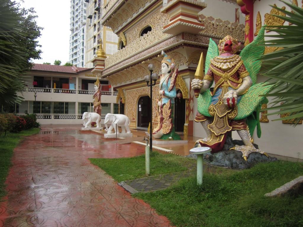 Temple Burmese